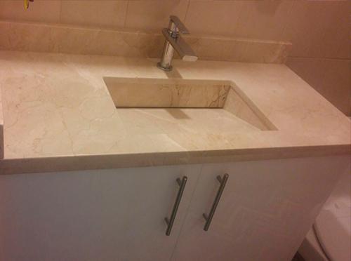 baño egipcio cubierta de marmol